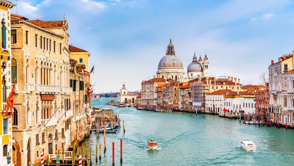 grand canal boat tour venice book grand canal tour venice. Black Bedroom Furniture Sets. Home Design Ideas
